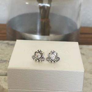 Pandora Earrings: New Princess Studs